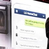 LGs chef for produkter til husholdningen Dave VanderWaal fremviste selskabets løsning LG Home Chat, der forbinder køkken- og husholdningsprodukter og gør det muligt at chatte med dem.