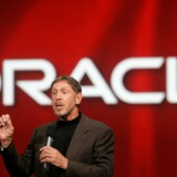 Oracle CEO Larry Ellison delivers his keynote address at Oracle OpenWorld in San Francisco, California September 24, 2008.  REUTERS/Robert Galbraith (UNITED STATES)