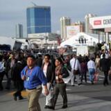 Mandag morgen begynder tilstrømningen til verdens største forbrugerelektronikmesse, Consumer Electronics Show (CES), i Las Vegas, som vil sprøjte nye produkter ud. Her et vue fra 2013. Arkivfoto: Joe Klamar, AFP/Scanpix