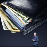Apple chef, Tim Cook, præsenterer Apples bud på en »mobile wallet«, kaldet Apple Pay.