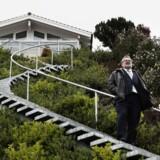 Den tidligere ejendomsmogul og milliardær Ole Vagner opgav i fredags familiens hjem siden 2003 og satte sin pragtvilla på Vedbæk Strandvej til salg for svimlende 52 mio. kr.