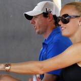 Den irske golfstjerne Rory McIlroy er angiveligt gået fra Caroline Wozniacki kort før deres bryllup.