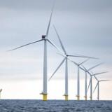 ARKIVFOTO 2013 af DONG havvindmølle- - Se RB 17/7 2014 14.44. Det danske energiselskab har torsdag solgt en andel i tysk havmøllepark for en samlet pris på 4, 5 milliarder. (Foto: Henning Bagger/Scanpix 2013)