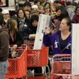 Dansk detailhandel satser stort på det amerikanske fænomen Black Friday. Her er det Target i Atlanta på årets store shoppingdag i 2013