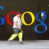 Fokus på internetgiganten Google øges dag for dag efter den prekære sag om aflytning af trådløse net fra Googles fotovogne. Foto: Arnd Wiegman, Reuters/Scanpix