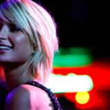 Modeikonet Paris Hilton ved en koncert på natklubben Tao med rapperen 50Cent under Sundance Film Festivalen i 2008.