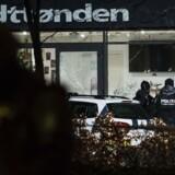 Politiets teknikere arbejder på Krudttønden.