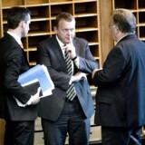 Claus Hjort Frederiksen (til højre) garanterer, at det er slut med bilagssager i Venstre.