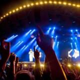 Dansk musik tjener masser af penge til Danmark, og særlig livemusikken genererer indtægter. Publikum bruger nemlig flere penge på mad og drikke i forbindelse med koncerter, end de bruger på selve billetten.