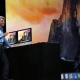 Apples softwarefirektør, Craig Federighi, fremviser det nye Yosemite-styresystem, som kommer til efteråret, på Apples udviklerkonference i San Francisco. Foto: Robert Galbraith, Reuters/Scanpix