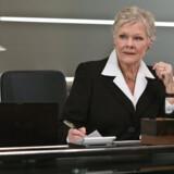 """PH-lampen 4/3 er med i den nye James Bond-film """"Quantum of Solace"""", hvor den er med i en lang scene på Ms kontor."""