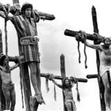 MONTY PYTHON: SCENE FRA FILMEN LIFE OF BRIAN (ET HERRENS LIV).
