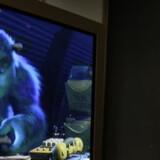 Mange danskere risikerer sort skærm, når det analoge sendenet slukkes. Arkivfoto: Scanpix