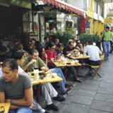 Tel Aviv er vokset fra at være en beskeden nybygger-enklave på tærsklen til Mellemøsten til en moderne storby ved Middelhavet.