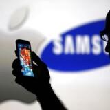 Ifølge IT-analysevirksomheden IDC blev der på verdensplan leveret mere end en milliard smartphone fra producenterne til forhandlerne i 2013. Det er sydkoreanske Samsung, der står bag det største salg.