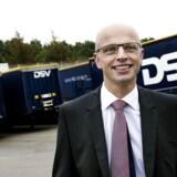 DSV koncernfinansdirektør Jens Lund hopper jævnligt på et fly for at tage på opkøbsjagt.