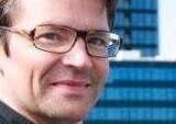 Finn Nørgaard (billedet) var som en springfjeder. Hans retfærdighedssans gjorde, at han ville stoppe uretfærdigheder og optøjer, siger hans ven, manuskriptfortatter Lars K. Andersen.