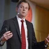 Swedbanks topchef, Michael Wolf, som her præsenterer årsregnskabet for 2012 tilbage i januar i år, nævnes som mulig ny topchef i telegiganten Telia. Arkivfoto: Leo Sellén, EPA/Scanpix