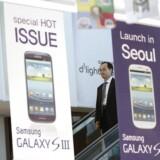 Galaxy S III-telefonen fra Samsung sælger rigtigt godt og øger Samsungs forspring til ærkerivalen Apple. Foto: Kim Hong-Ji, Reuters/Scanpix