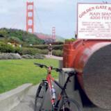 Det store kabel, der bærer broen.