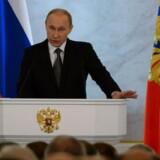 I sin tale til parlamentet tegnede Putin et billede af en nation, der er under pres og som må spænde livremmen ind i de kommende år på grund af sine fjender.