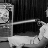 Sådan så reklamen for den første fjernbetjening, Flash-Matic, ud. Foto: LG Electronics