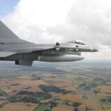 Arkivfoto af dansk F-16 på øvelse over Sjælland.