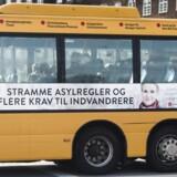 Socialdemokraternes nye asyl- og indvandrerkampagne på bus i København.