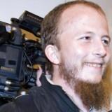 Medstifteren af The Pirate Bay, svenskeren Gottfrid Svartholm Warg, gør, hvad han kan for ikke at blive udleveret til Danmark. Han mistænkes for at at have hacket sig ind i politiets IT-registre sammen med en 20-årig dansker. Nu har han skrevet et brev, hvor han forklarer sig.