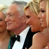 Playboyen Hugh Hefner med Playmates