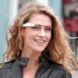 Googles intelligente briller er drypvist blevet gjort tilgængelige for forbrugerne - typisk gennem særlig programmer eller som tidligere, da de blev sat til salg en enkelt dag. Nu har Google åbne for salget for alle i USA.