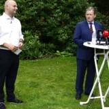Søren Pape Poulsen og Lars Barfoed under de Konservatives pressemøde torsdag, hvor Pape blev præsenteret som ny K-formand.
