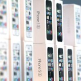 I december måned blev der i Apples App Store solgt for 10 milliarder dollar svarende til godt 55 milliarder danske kroner Apps, der bl.a. kan bruges på firmaets nyeste topmodel iPhones 5s.