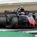 Kevin Magnussen rækker ud efter en ny placering i pointene, når der søndag køres Formel 1-løb i Storbritannien. Luca Bruno/Ritzau Scanpix