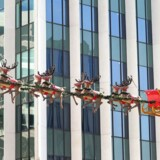 Hver femte gave under juletræet vil stamme fra nettet, viser nye tal.