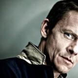 »Olaf Johannessen er en kunstner, der overrumpler sin tilskuer,« lød det i begrundelsen for, at den erfarne skuespiller modtager Teaterpokalen 2014.