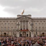 Buckingham Palace er allerede en af Londons store turist-attraktioner, men en chance for at overnatte på slottet ville få populariteten til at eksplodere, mener breakingtravelnews.com
