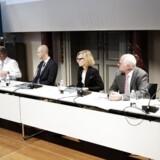 Fra venstre Peter Engberg Jensen, Søren Leth-Petersen, Lise Gronø og Preben Lund Hansen ved Regeringens ekspertudvalg, der kom med anbefalinger til at rette op på de fejlbehæftede ejendomsvurderinger,