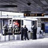 To grækere, som i november satte Københavns Lufthavn på den enden ende, er nu dømt.