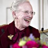 H.M. Dronningen afholder pressemøde i Havesalen på Fredensborg Slot mandag 13. april 2015 i forbindelse med Hendes Majestæt 75-års fødselsdag