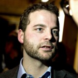 Skatteminister Morten Østergaard (R) er glad for at få afskaffet den dybt kritisable brændeafgift.