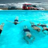 Enhver flække i Island kan byde på mindst et bad og spa, og hvis man lejer et sommerhus, er der næsten garanti for et varmt bad i haven.