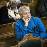 Alternativets politiske leder, Uffe Elbæk, er kommet med 38 idéer til at gøre Danmark et bedre sted at leve. Elbæk håber, at folk vil sige, at han er langt ude. (Foto: Thomas Lekfeldt/Ritzau Scanpix)