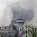 Sikkerhedsstyrker blev sendt ind for at få optøjer slået ned i et fængsel i det nordlige Mexico.
