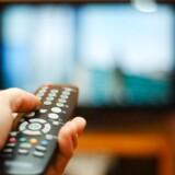 Langt de fleste danskere har fortsat en TV-pakke - også selv om rigtigt mange er utilfredse med at skulle betale for kanaler, som de aldrig ser. Det kan dog være dyrere at vælge frit, når man når op på et vist antal kanaler. Arkivfoto: Iris/Scanpix