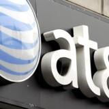 ARKIVFOTO: Verizon og AT&T steg med henholdsvis 2,0 pct. og 1,6 pct. på formodning om, at den amerikanske regering har planer om at rulle reguleringer for netadgang indført af Obama-regeringen i 2015 tilbage, skriver Reuters.