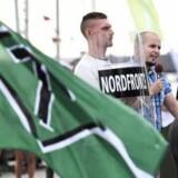 »På baggrund af politiets efterretningsarbejde har vi indkaldt det personale, som vurderes nødvendigt. Der er risiko for sammenstød og vold,« siger talsmand Christer Fuxborg ved politiet i Göteborg.