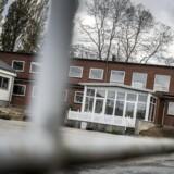 En 52-årig kvinde, der var ansat som pædagogmedhjælper på det nu lukkede Børnecenter Tullebølle, erkender at have haft sex med en 17-årig flygtningedreng. (Foto: Asger Ladefoged/Scanpix 2016)
