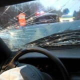 Modelfoto: To kvinder på henholdsvis 19 og 21 år blev dræbt ved en voldsom ulykke på motorvejen ved Horsens i december 2014. En lastbilchauffør blev efterfølgende dømt for uagtsomt manddrab. Nu vil kvindernes familie have vognmandens forsikringsselskab til at betale betale såkaldt tortgodtgørelse.