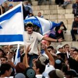 Israelere fejrer 70 års-dagen for statens oprettelse i Jerusalem. / AFP PHOTO / THOMAS COEX